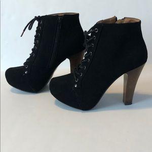 Black Qupid Platform Heels